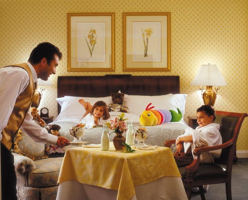 Hotel-Room-Service-Job-Description