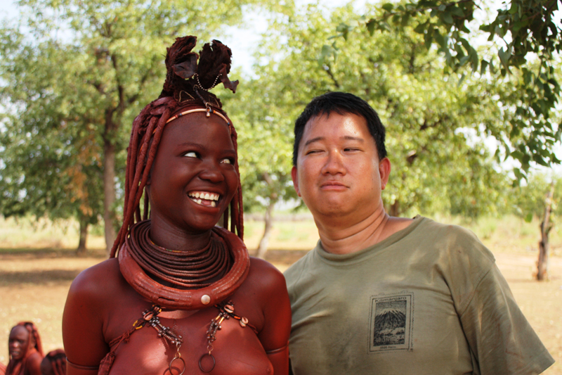 100118-Himba-Missing-Teeth