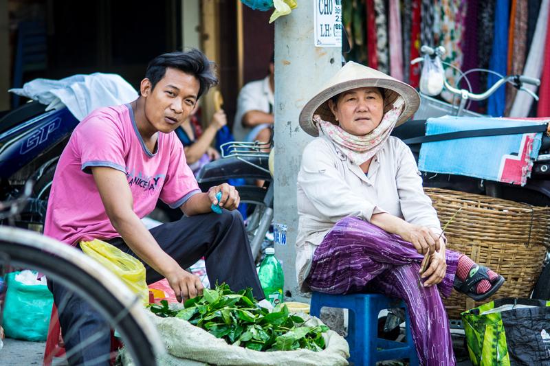 Oi-Vietnam-June-2014_Maket-watch__DSC0029_NT