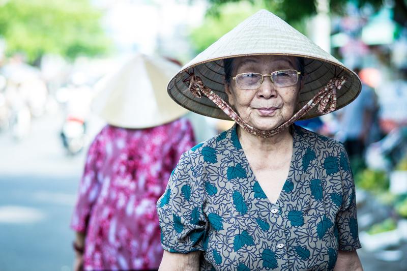 Oi-Vietnam-June-2014_Maket-watch__DSC0031_NT