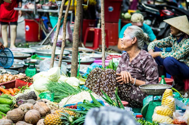Oi-Vietnam-June-2014_Maket-watch__DSC0058_NT