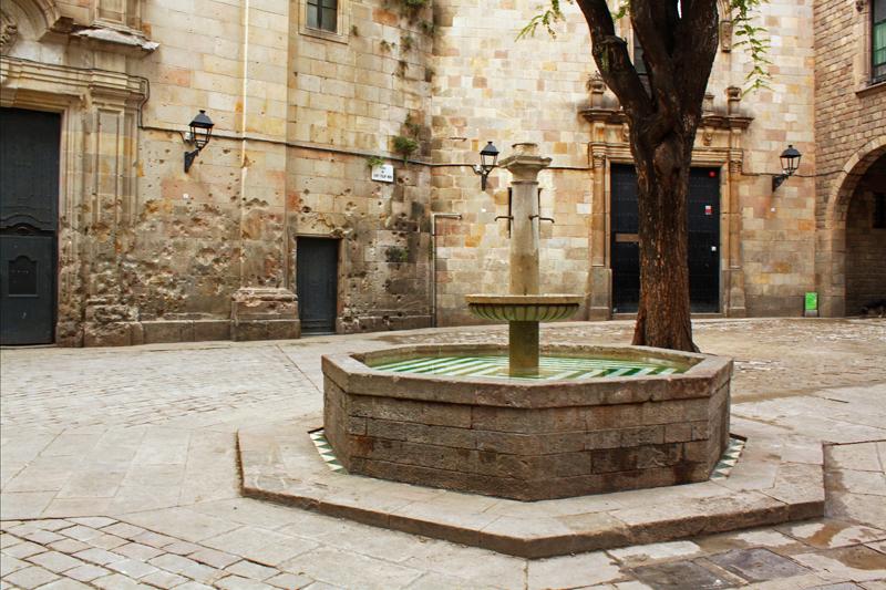 Plaça-de-Sant-Felipe-Neri