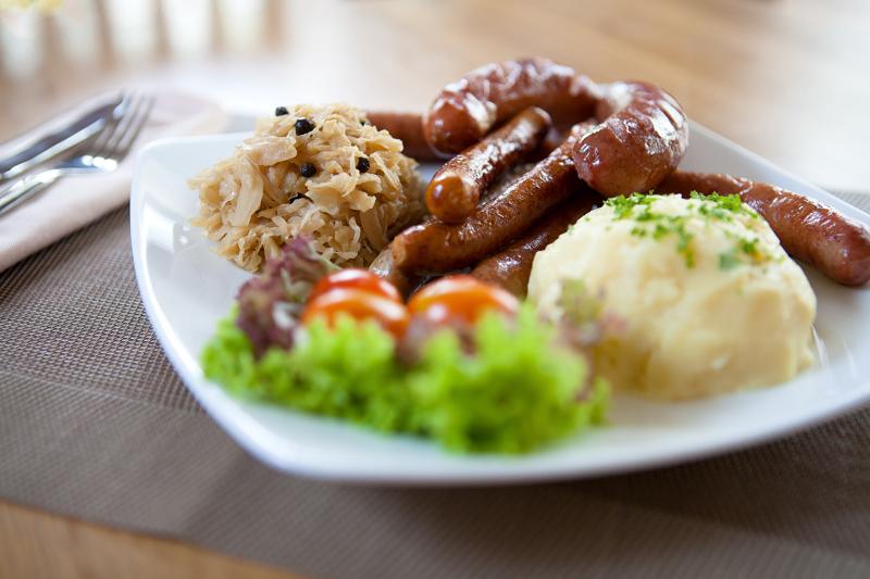 Oi-Vietnam-June-2014-Cover-Story-German-Corner-Deutsches-Eck-Sausage-Platter-ARY-1