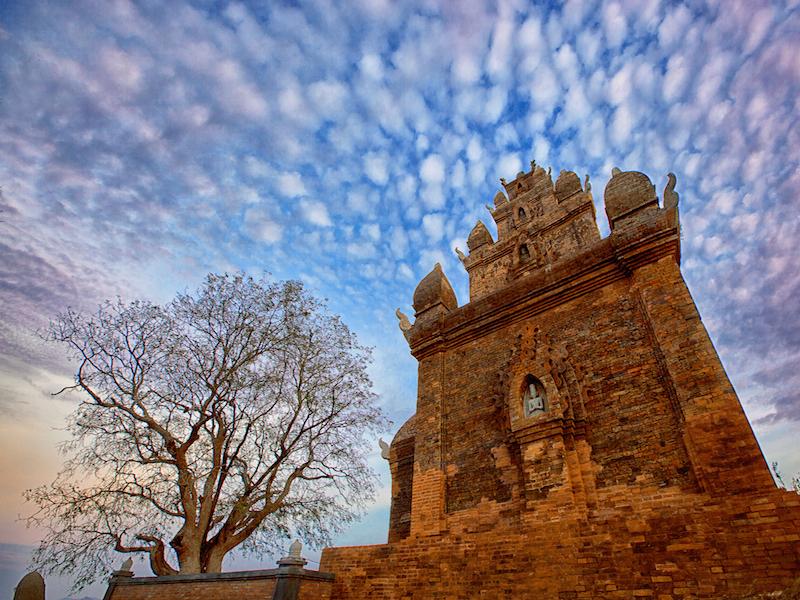 Bimong Po Rome (Po Rome tower)