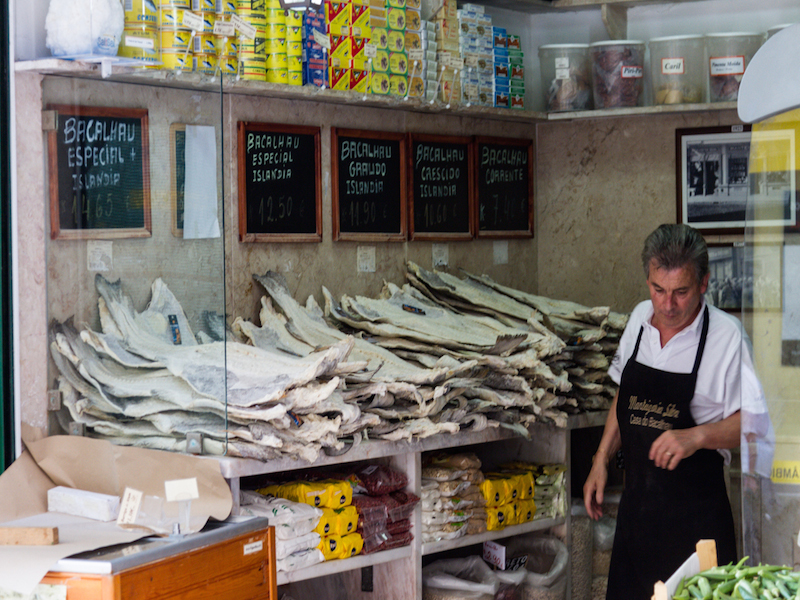 Typical store selling salted codfish_by Nelson Carvalheiro