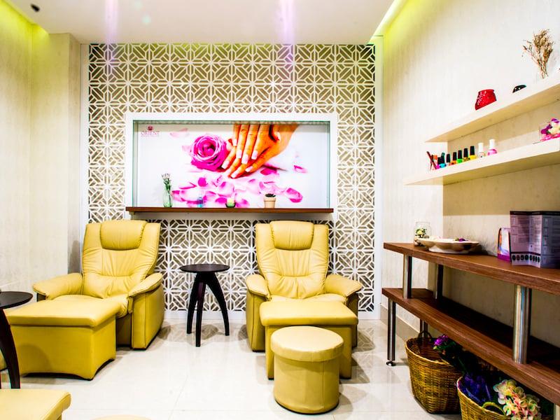 Orient Spa living room 415