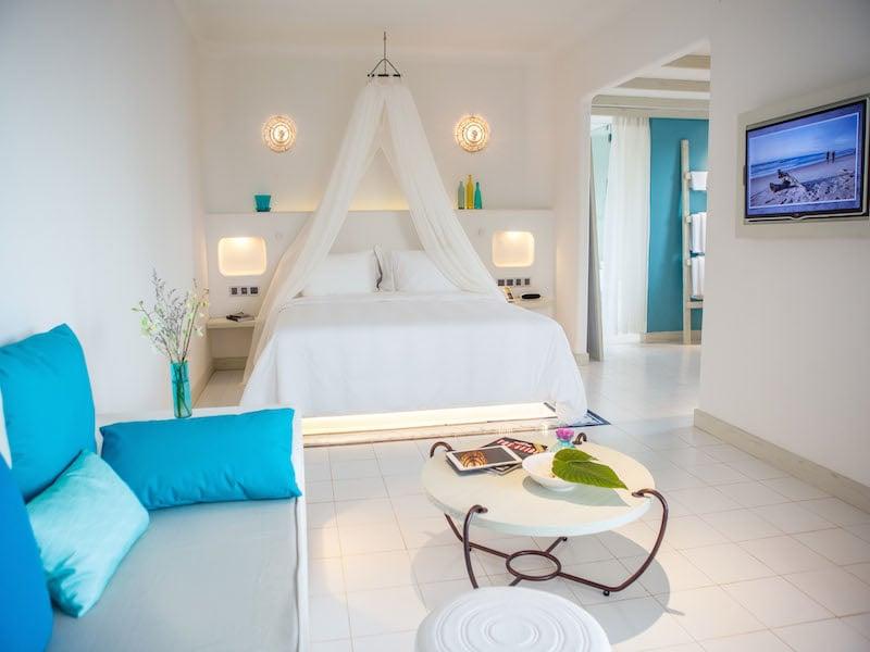 AOLH Ocean Terrace Room 2