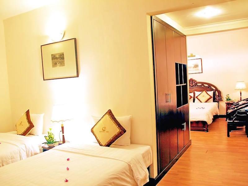 Century Riverside Hotel Hue room