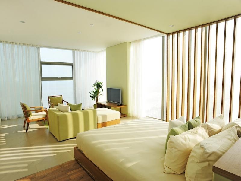 Fusion Suites Danang_Fusion Suite_Bedroom 2