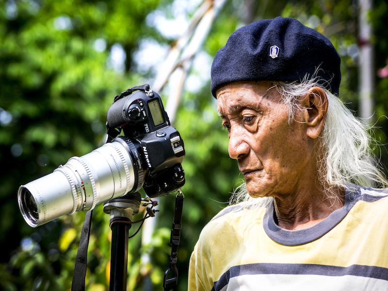 Oi Vietnam-April2015_old photographer_DSC4820-NT