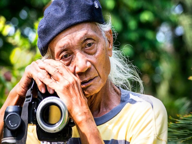 Oi Vietnam-April2015_old photographer_DSC4825-NT
