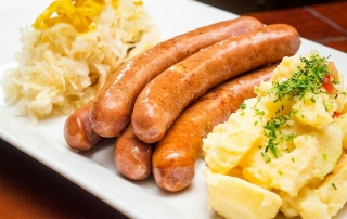 Oi Vietnam-Sep2015_ Broitzeit_smoked pork sausages_DSC0732_NT (OiVietNam_3N)