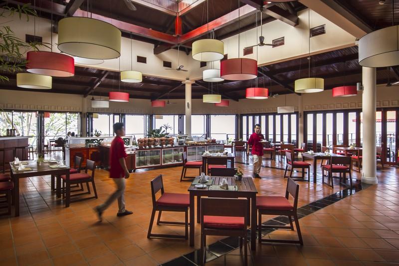 Victoria Nui Sam Lodge_Vietnam_Mekong Delta_Restaurant Terrace (2) (OiVietNam_3N)