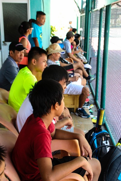 Spectators look on at the WTA Qualifying Future Stars - Vietnam - Image by James Pham-29 (OiVietNam_3N)