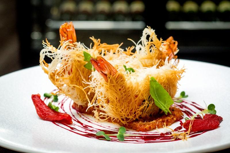 Oi Vietnam-Sep2015_ Bamboo Chic_Crispy prawn kataifi_NT-28 (OiVietNam_3N)