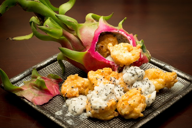 Oi Vietnam-Jan2016_time bistro_tempura prawn in dragonfruit mayonnaise_DSC4692_NT (OiVietNam-3N)