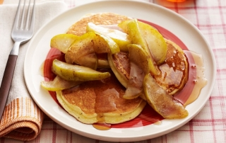 lemon-ricotta-pancakes-carmelized-apples-ftr (OiVietNam-3N)