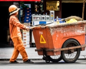 Oi Vietnam-Jun2016_Clean Worker_DSC7315_NT