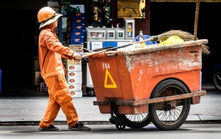 Oi Vietnam-Jun2016_Clean Worker_DSC7315_NT