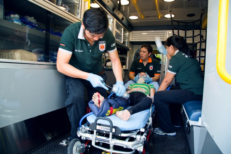 ambulance-with-patient