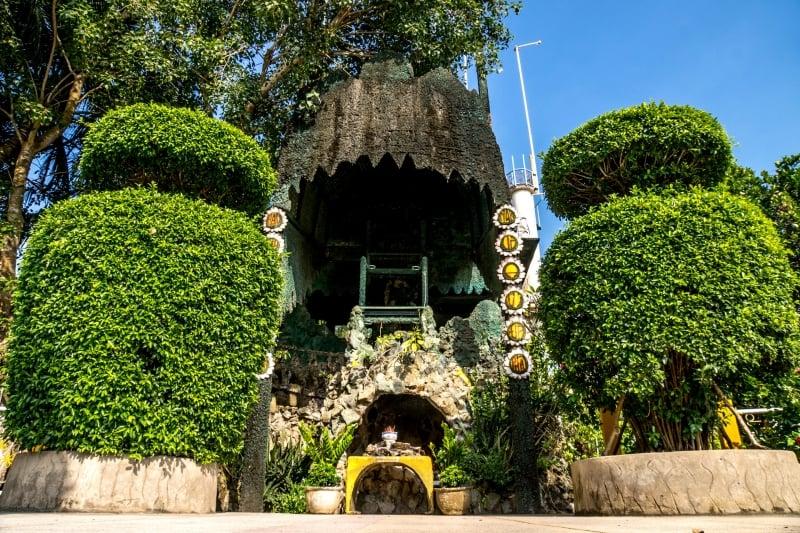 oi-vietnam-december2016_coconut-monk_dsc0298_nt