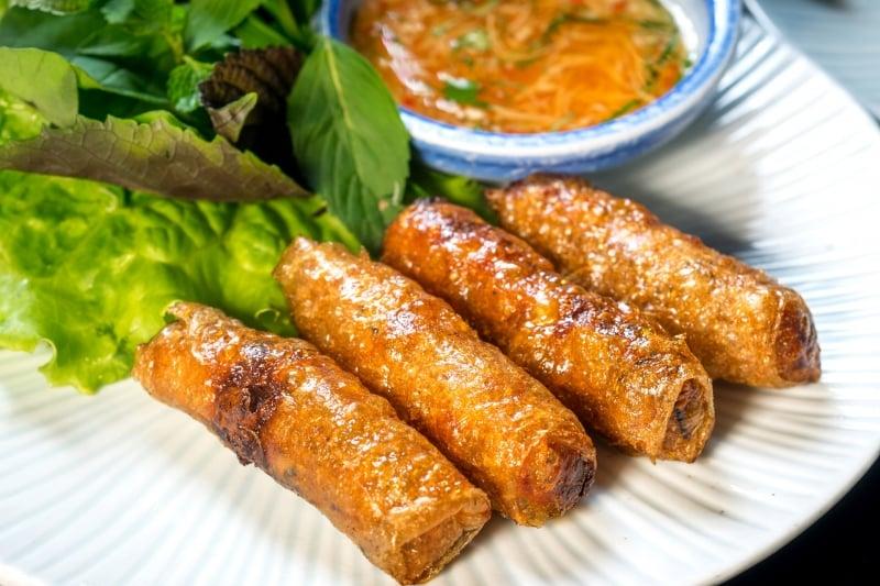 Oi Vietnam-Jan2017_DiMAi_Crispy Duck (Fried) Spring Rolls_DSC7998_NT