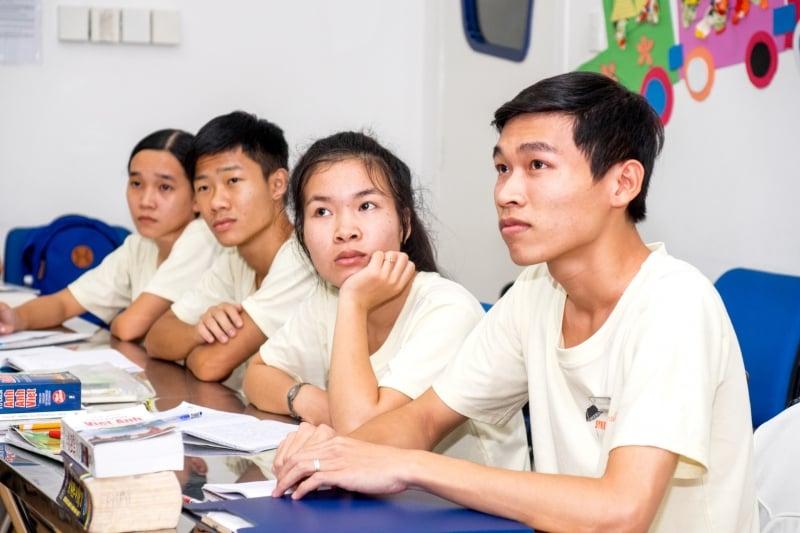 Oi Vietnam-Jan2017_Streetclass__DSC5545_NT