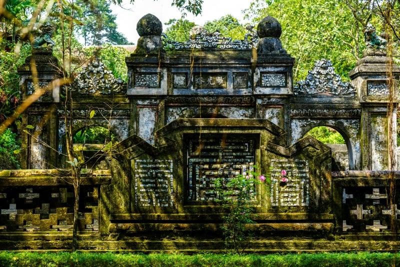 Hue - Tu Hieu Pagoda - Image by James Pham-14