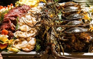 An Lam Saigon River - Seafood Buffet - Image by James Pham-1