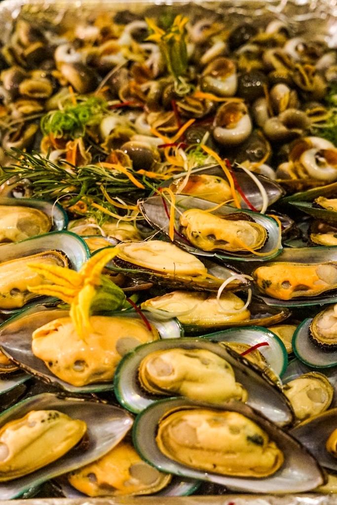 An Lam Saigon River - Seafood Buffet - Image by James Pham-6
