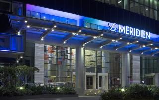 LMSG-Hotel entrance night time