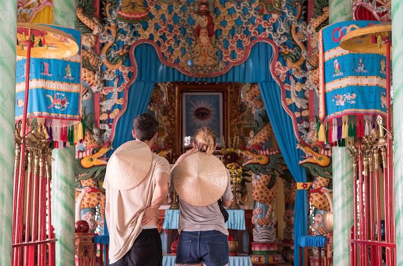 2l-Delta-del-mekong-templo-cao-di-JC