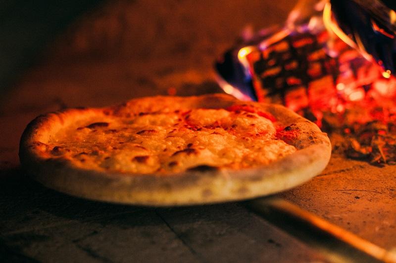 _Oi VietNam - Intaliani's - Prosciutto & baratta 4 cheeses Pizza - March 2018 - IMG_2821
