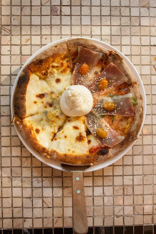 _Oi VietNam - Intaliani's - Prosciutto & baratta 4 cheeses Pizza - March 2018 - IMG_2841