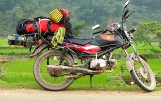 hire-a-motorbike-driver-in-vietnam