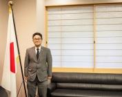 Oi Magazine - Consul General - Portrait - Mr. Kawaue Junichi - June 2018 - IMG_9918