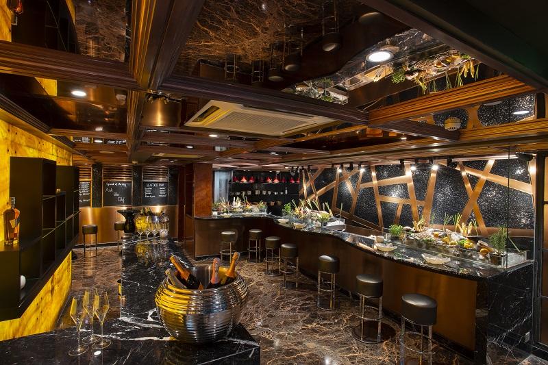 01. R&J Italian Lounge & Restaurant