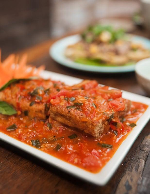 Oi VietNam - Ngoc Chau Garden Restaurant - Dau hu sot ca- November 2018 - IMG_2176