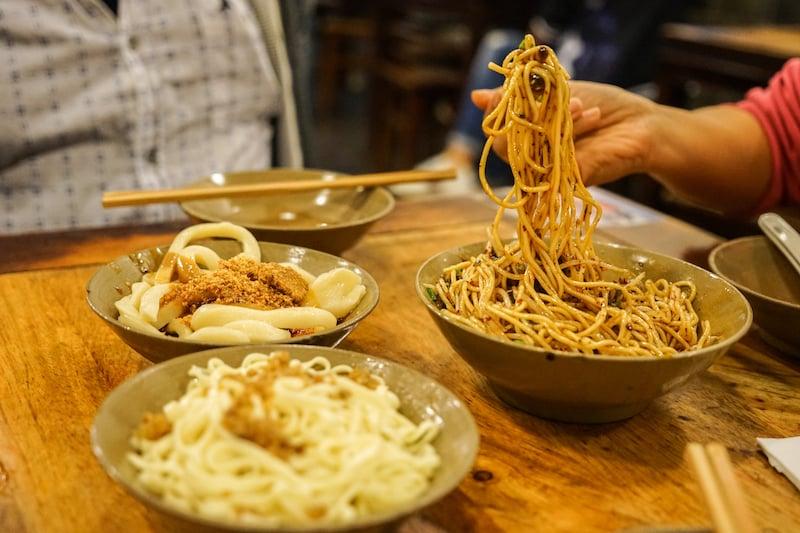 02b - Sichuan noodles