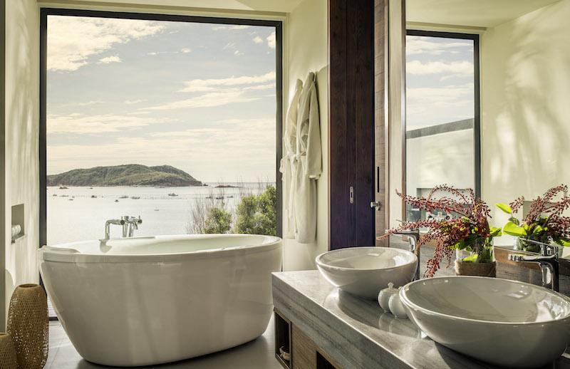 Anantara_Quy_Nhon_Villas_Hillside_Villa_Bathroom_01_G_A_H