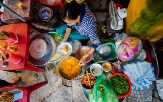 Mi Quang stall - Image by James Pham-7